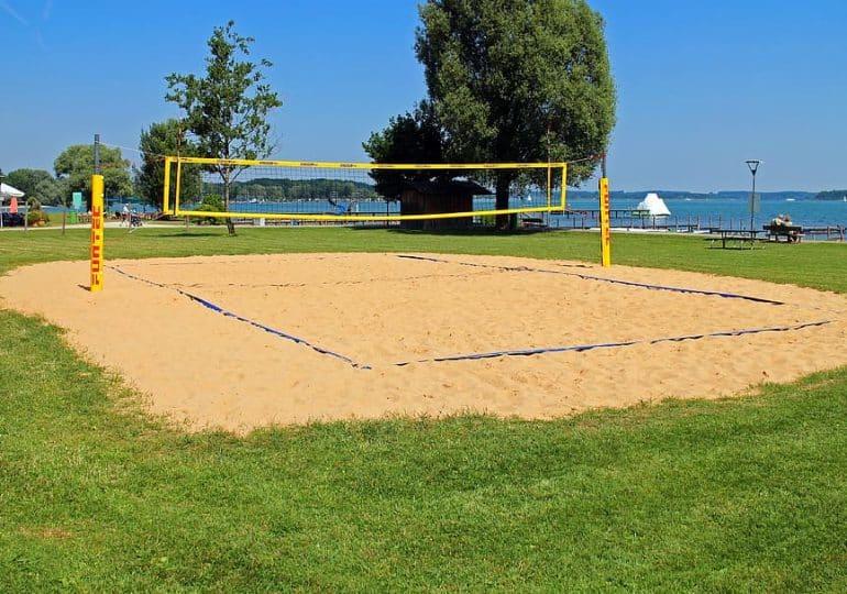 Plażówka nie tylko nad morzem! Nowe boiska oddawane do użytku