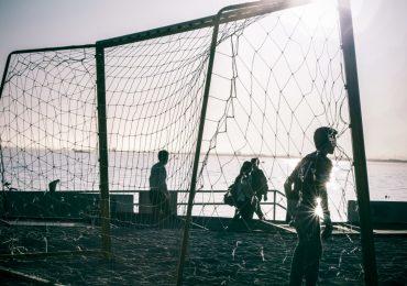 Trwa sezon beach soccera. Rozgrywki nie tylko dla zawodowców