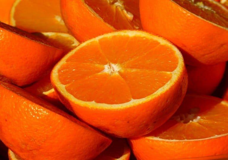 Te owoce pomagają zwalczyć cellulit!