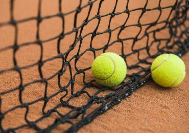 Wybór piłki do tenisa ziemnego – na które parametry zwrócić uwagę?