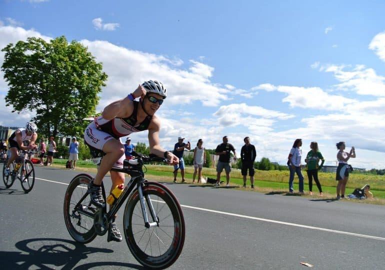 Sezon na duathlon w pełni! Biegowo-rowerowe zmagania zyskują na popularności w całej Polsce