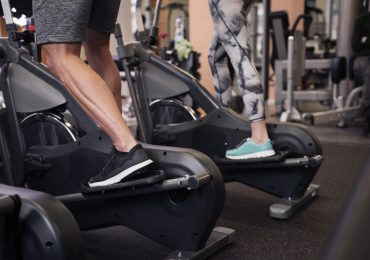 Siłownie i kluby fitness znów otwarte! Tłumy ćwiczących i upominki dla pierwszych klientów