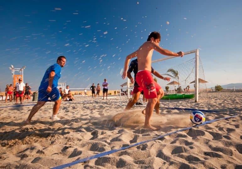 Beach soccer - wszystko, co musisz wiedzieć o plażowej odmianie piłki nożnej