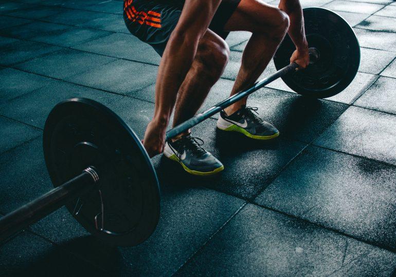 Jak rozbudować mięśnie nóg? 5 porad dla początkujących